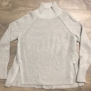 American Eagle Grey Sweater size Large